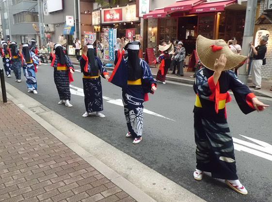 4 12.7.6西神田絵とうろう・西馬音内盆踊り (64)