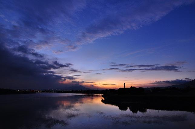 百齢橋の夕暮れ(1)