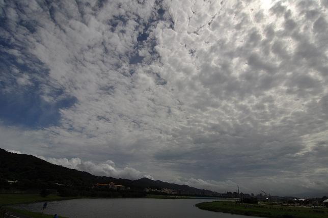 夏の雲(1)