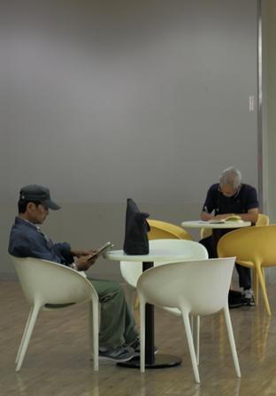 2011-10-08 華2049