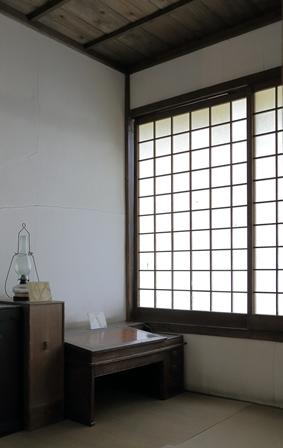 2011-10-08 華2081
