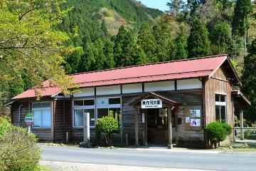 木造駅舎巡礼(3)