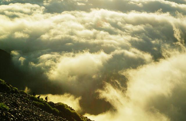 金色の雲海へ