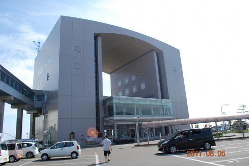 小樽港フェリーターミナル