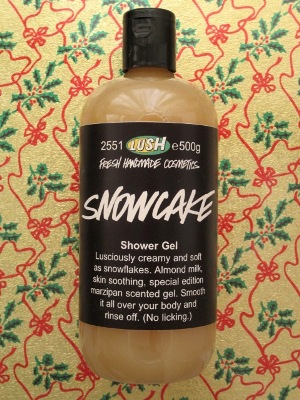 Snowcake Shower Gel (スノーケーキ シャワージェル)