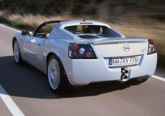 opel-speedster-turbo-01_640.jpg