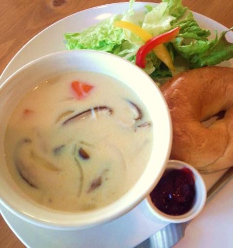 きのこ豆乳スープ