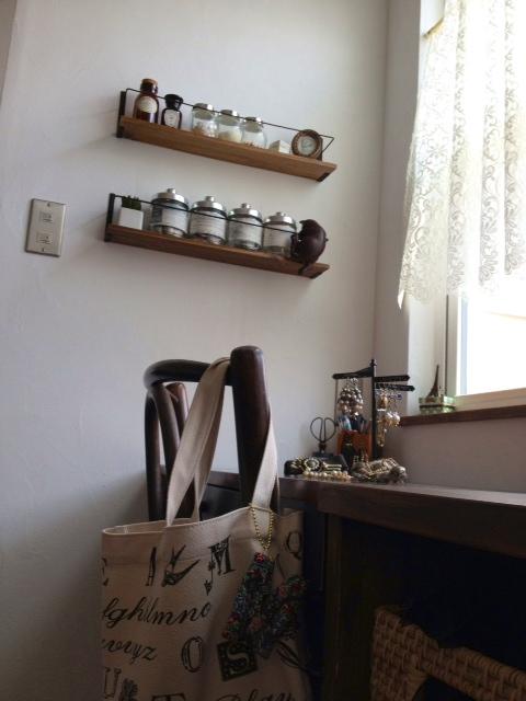 Y desk 1