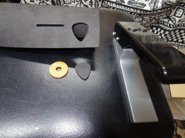20141121strap pin (2)