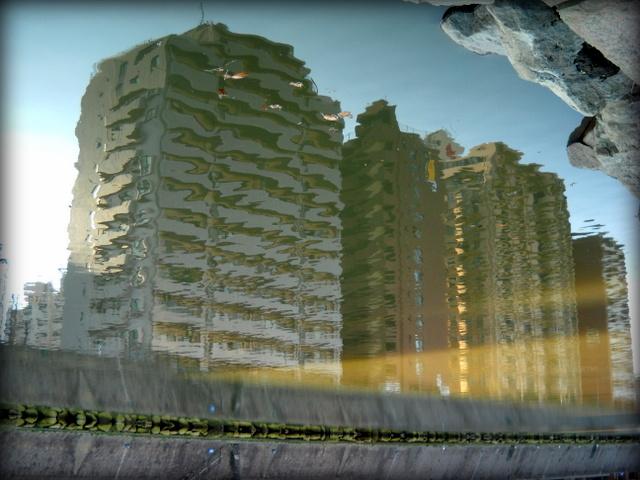 川面のマンション