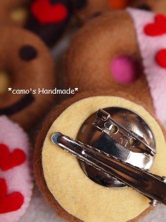 donuts brooch3