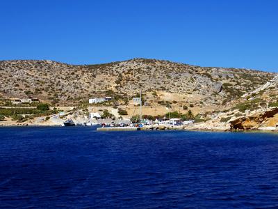 スキノウサ島のメルシニ港