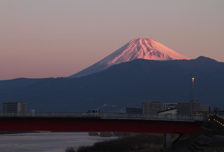 狩野川 大晦日の富士山