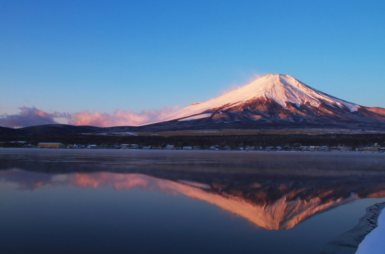 山中湖の新雪-747-4