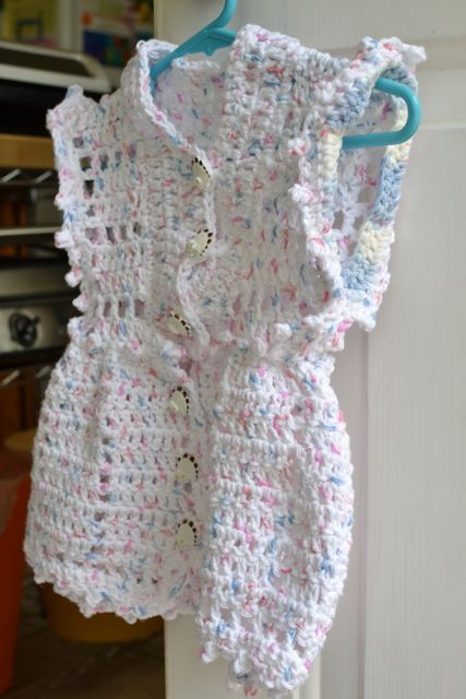 Croche11_BabyCottonDress4.jpg