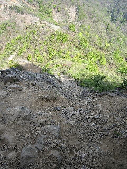 烏尾山への下り