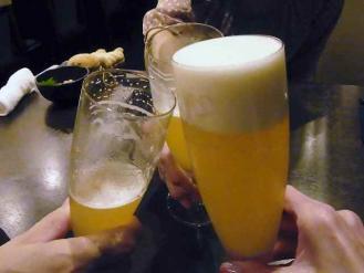 12-10-3 ビア乾杯