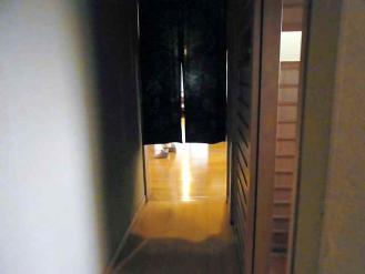 12-10-7 店内入り口
