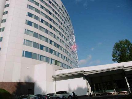 12-10-14-2 ホテル全景