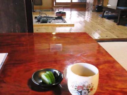 12-10-24-石 お茶