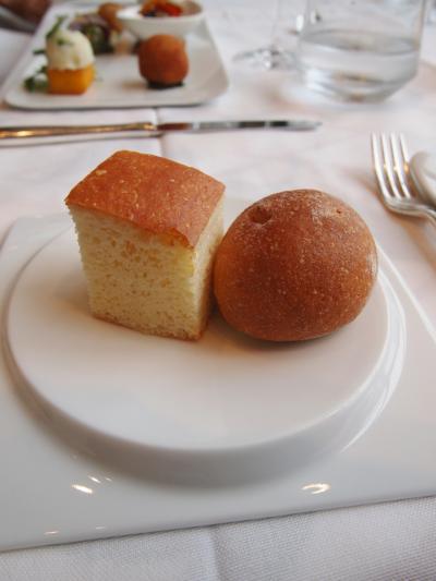 パン(カッシーナカナミッラ)
