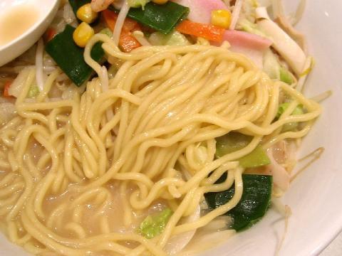 リンガーハット・長崎ちゃんぽん 麺