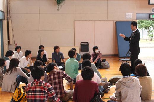 東京情報大学での就職支援授業全体写真