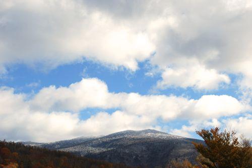 1三段紅葉の吾妻山