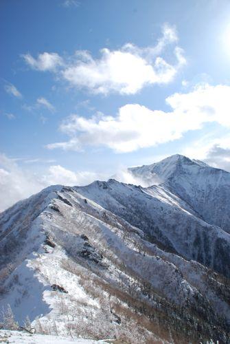 5大天井岳までつづく稜線