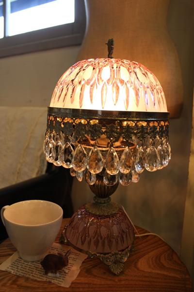 ピンク カットガラス クラシカル テーブルランプ 店舗什器