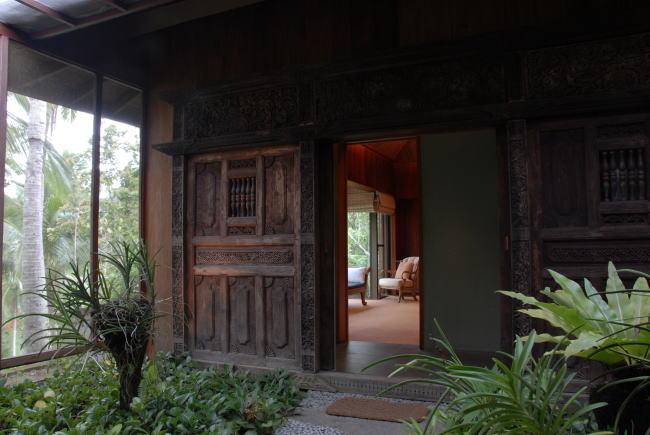 Master Villa Entrance650