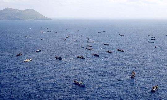 <衆院選>サンゴ密漁船は姿消したが…「俺たちの将来は?」