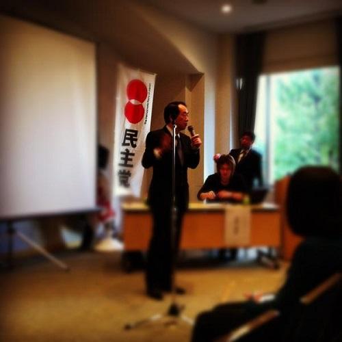 【緊急募集】菅直人元内閣総理大臣に今から約2時間フリーで質問出来ます!皆さん質問したい内容ください!何でも質問ぶつけてきます!よろしくお願いします。