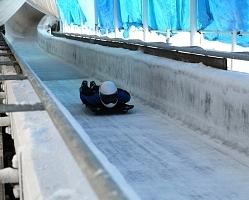 韓国・平昌五輪のそり競技が開かれる可能性が浮上した長野市のスパイラル
