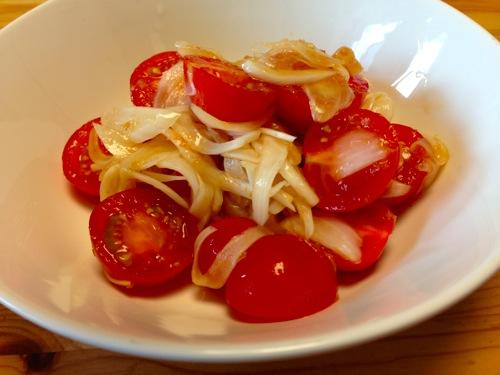 2トマトサラダ