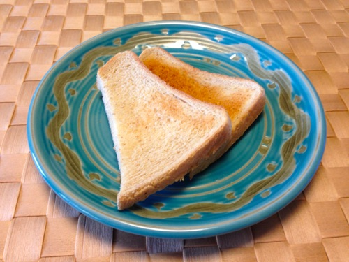6全粒粉パンのトースト