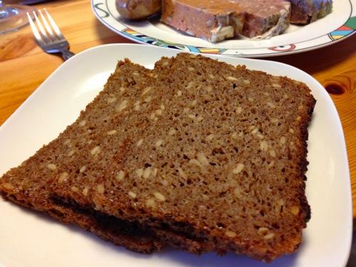 5オーガニッククラッシックドイツパン