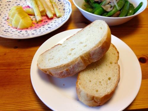 4天恵 ぶどうの木の豆乳パン