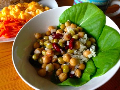 2ひよこ豆と金時豆のサラダ