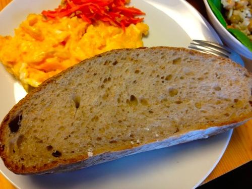 4ライ麦パン