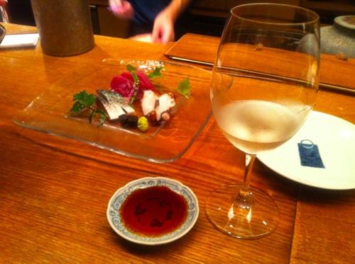3−1刺身と白ワイン