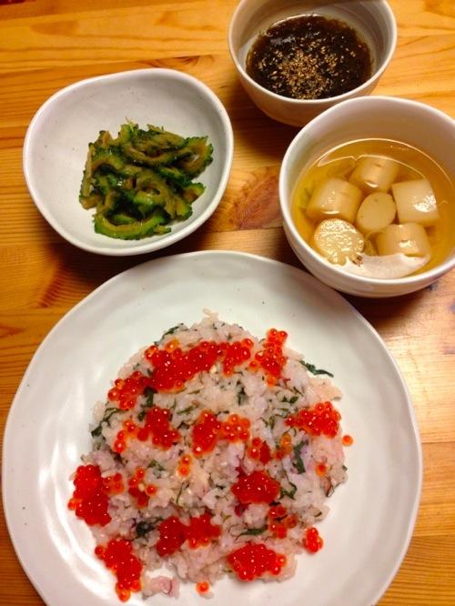2いくらと香味野菜のさっぱり寿司セット
