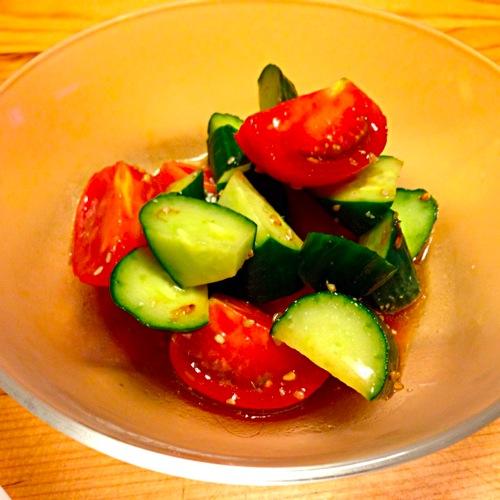 2トマト・キュウリサラダ
