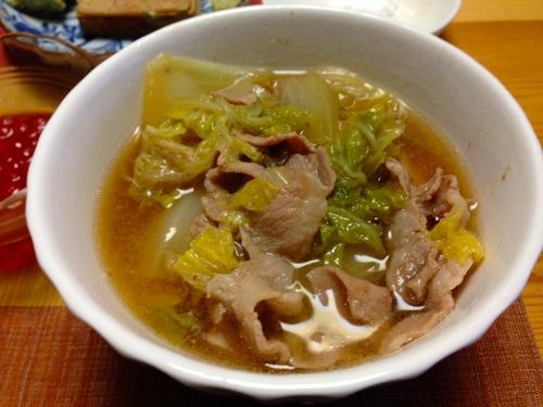 4白菜と豚肉のスープ