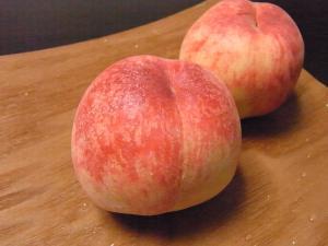 香川県産の白桃