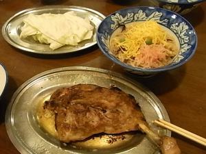 鶏飯と生キャベツ