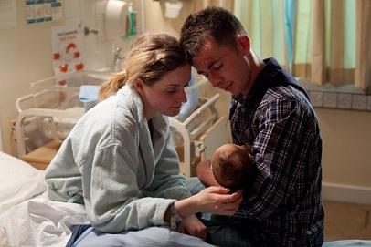 真の主役は赤ん坊