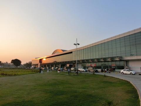 バラナシ空港