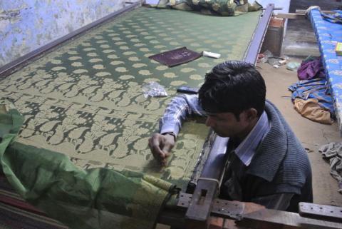 バラナシシルク刺繍