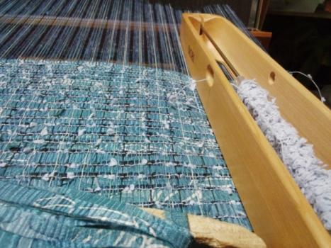 ブルー系の糸も
